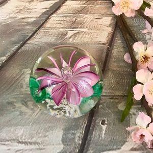 Glass Blown Pink Flower Silvestri Paperweight